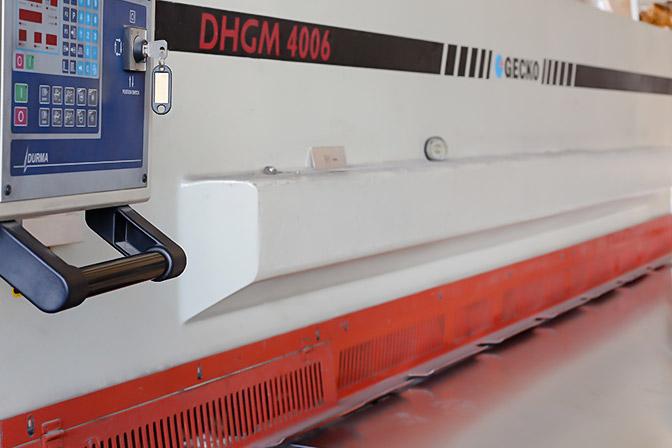 Gecko DHGM 4006 lemezvágó